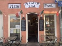 Martinellis Italian Deli Pizza